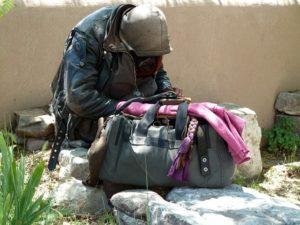 innovative-ways-help-homeless-10000-butterflies-projectt